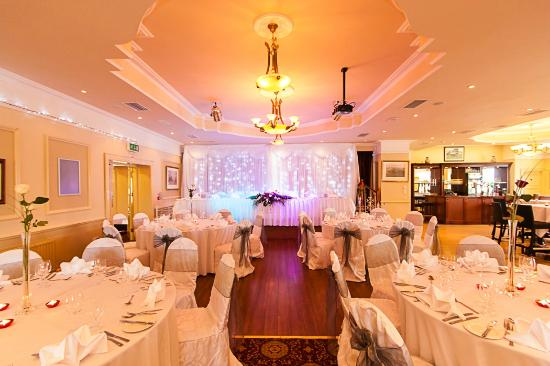 Avon Ri: Our Function Room Set up for Weddings