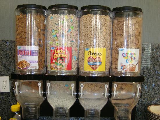 Best Western Plus Avita Suites: Cereais diversos