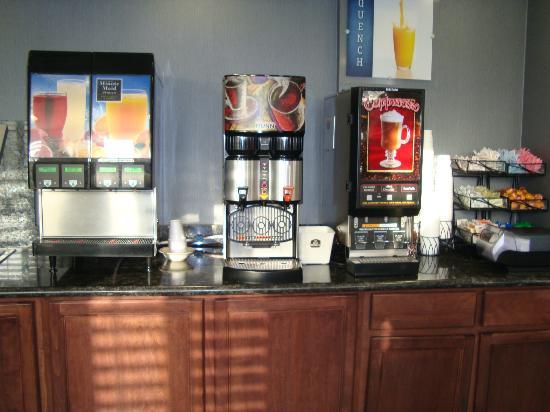 BEST WESTERN PLUS Avita Suites: Sucos, leites e chás
