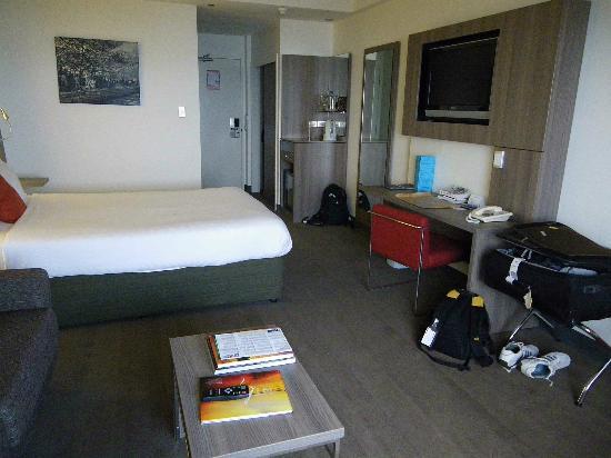Novotel Darwin CBD: Room
