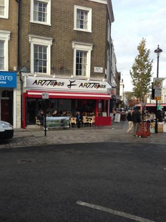 Art of Tapas: street view.