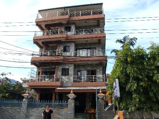 Hotel View Point : het hotel aan de voorzijde