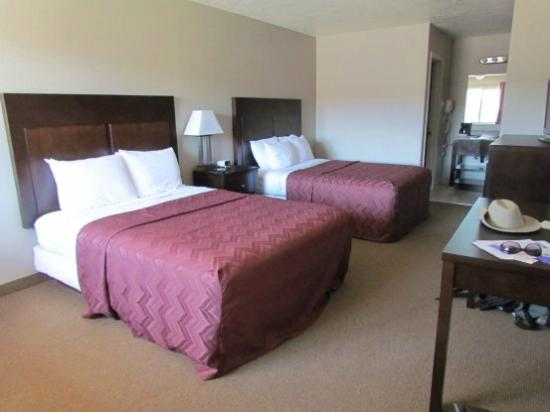 Americas Best Value Inn & Suites-Bryce Valley: notre chambre