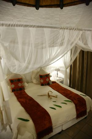 Zululand Safari Lodge: Bedroom