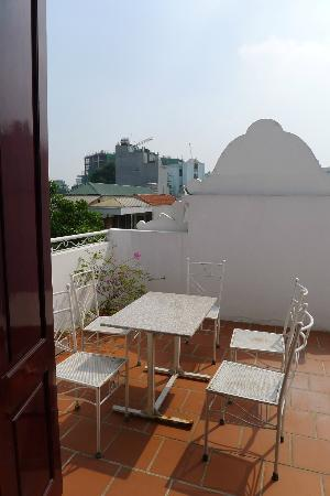 Hanoi Sky Hotel: Photo of balcony