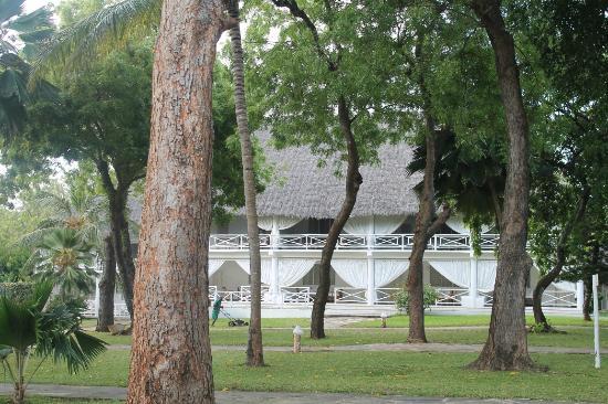 Sandies Tropical Village: hotel1