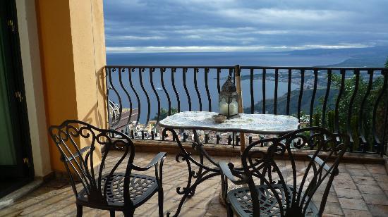 Hotel Villa Ducale: vista de la terraza de la habitacion