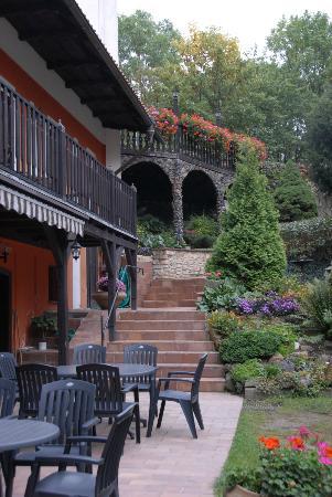 Pension Vetrnik: Gardens