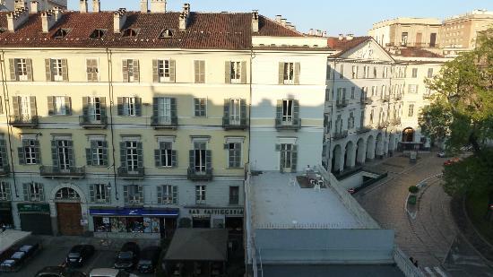 Hotel Roma e Rocca Cavour: La piazzetta Paleocapa