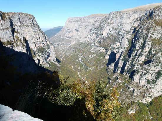 Vikos Gorge, Zagoria, Greece - Picture of Vikos Gorge ...