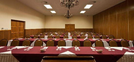Gooderson fabz garden hotel conference centre for Salle a manger johannesburg