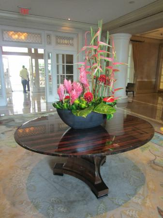 The Ritz-Carlton, San Juan : Beautiful Flowers Lobby Area