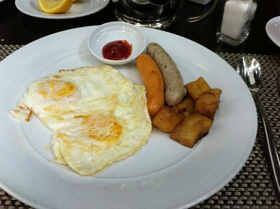 Hansar Bangkok Hotel: Breakfast