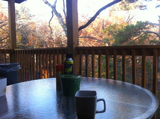 Eureka Sunset Cabins: coffee in the morning
