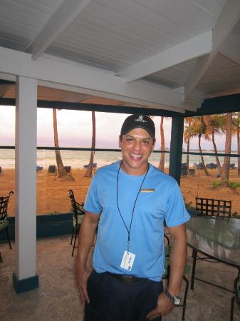 The Ritz-Carlton, San Juan: Robert!  Best bartender ever!  :)