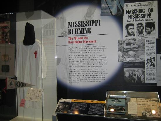 Newseum – Muzeum Newsów i Dziennikarstwa: Civil Rights and the KKK