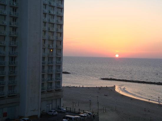 Leonardo Beach Tel Aviv Hotel: TEL AVIV vue depuis chambre LEONARDO BASEL Octobre 2012