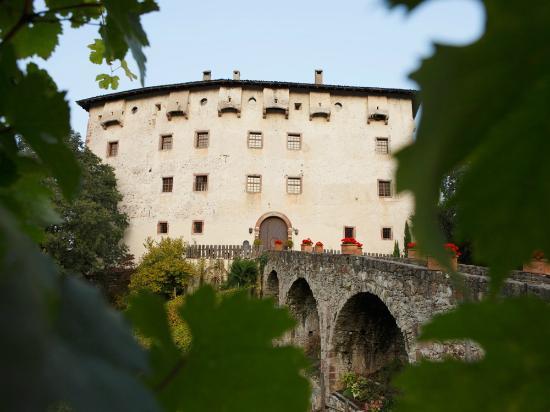 Castel Katzenzungen: provided by Meran Tourism