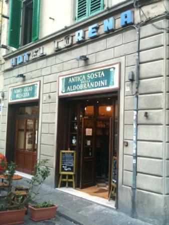 Antica Sosta Degli Aldobrandini: porta di ingresso