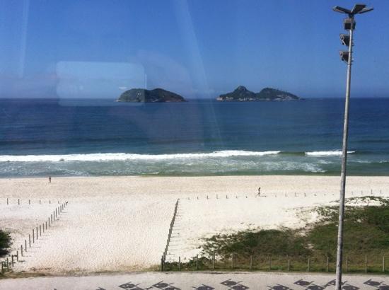 Tropical Barra Hotel: Foto da Janela do Quarto