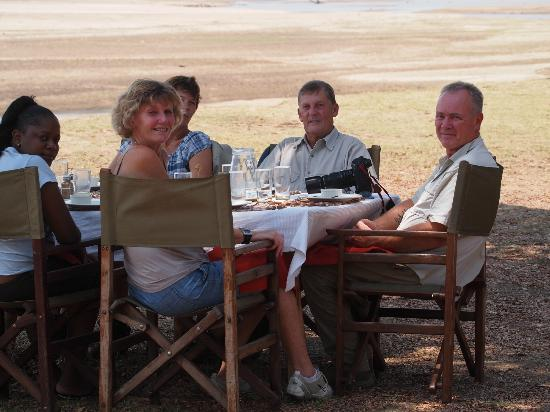 Kafunta River Lodge: Mario arranged a special lunch for our honeymoon couple by the river