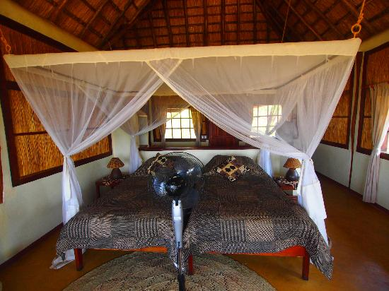 Kafunta River Lodge : A spacious, room overlooking the river, with hippos ouside at times!
