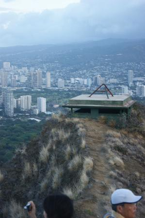 Diamond Head (Cabeza de Diamante): Bunker in the foreground and Honolulu in the back, taken from Diamond Head