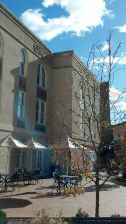 Hotel Parq Central: From garden