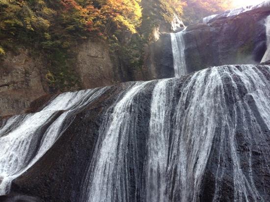 Fukuroda Falls : 糸のような繊細さ。
