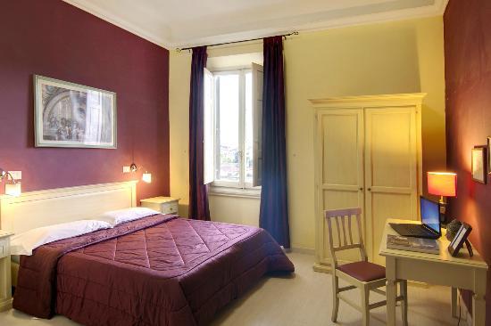 Hotel Genzianella: camera
