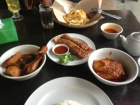 ذا ماجيستيك مالاكا: Ta Chi food