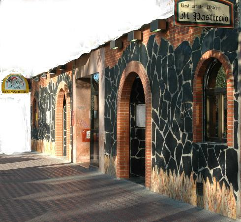 Il Pasticio : la fachada del locál