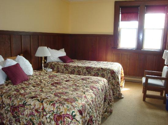 Prince of Wales Hotel: Room #419