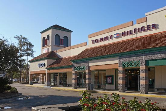 View the complete store directory for the list of stores at St. Augustine Outlets a great shopping destination in St. Augustine, Florida.