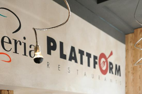 Plattform Restaurants: 1 Restaurant und 3 Themenbereiche - 3 in 1