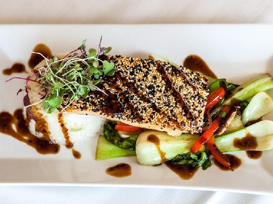 Atlantica Restaurant: Sesame Encrusted Salmon