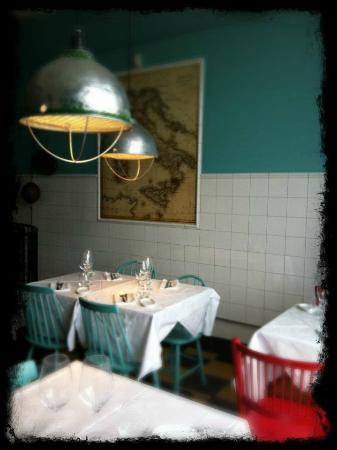 Delicerano Restaurant & Bar : Uppstairs with Map of Italy