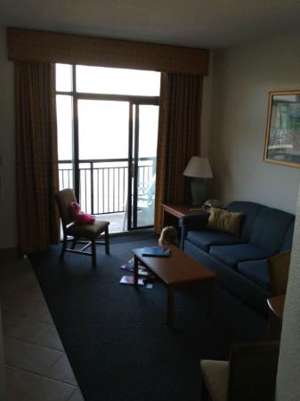 Beach Cove Resort: Living Room Area