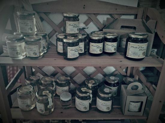 Piana di Monte Verna, Италия: miele
