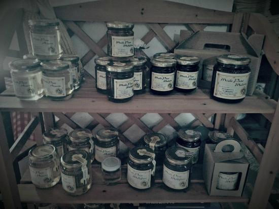 Piana di Monte Verna, Italy: miele