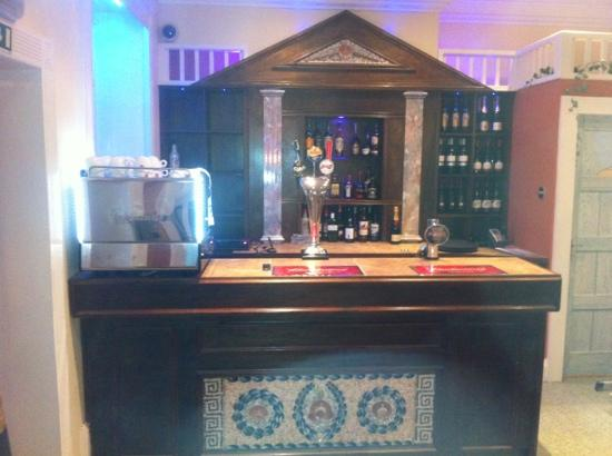 El Greco: Bar at 3 Olives