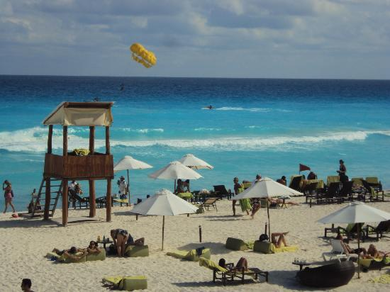 ME Cancun: Playa
