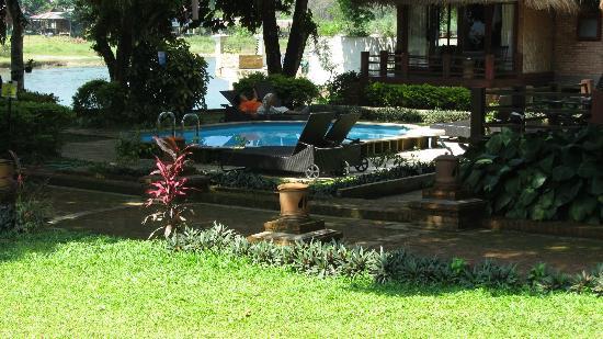 Ban Sabai Bungalows by Inthira: pool