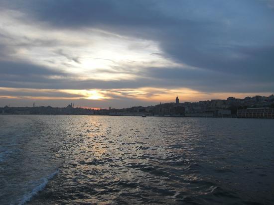 Istanbul Golden City Hotel: blick auf die altstadt von der bootstour