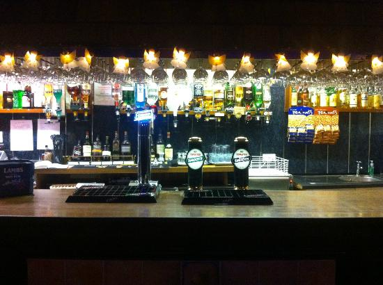 Lisdoonie Hotel: function room bar