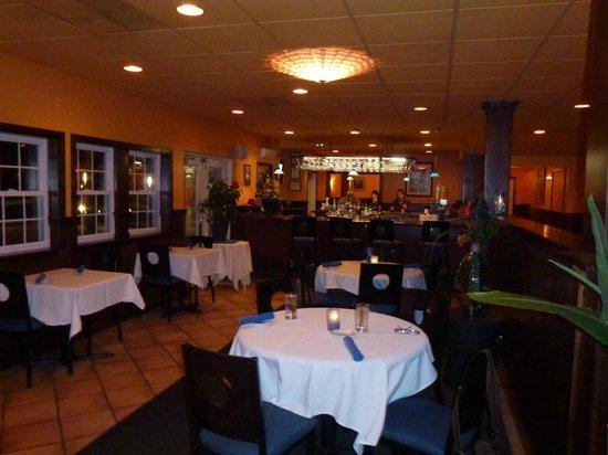 Aqua Sol Restaurant Bar Dining Area