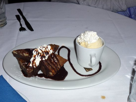 Aqua Sol Restaurant & Bar:                   Aqua Sol Brownie for 2 **YUM**                 