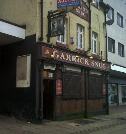 The Garrick Snug
