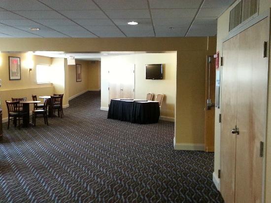 Wyndham Garden Glen Mills Wilmington: Pre-function area