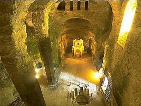 Saint-Emilion Monolithic Church 사진